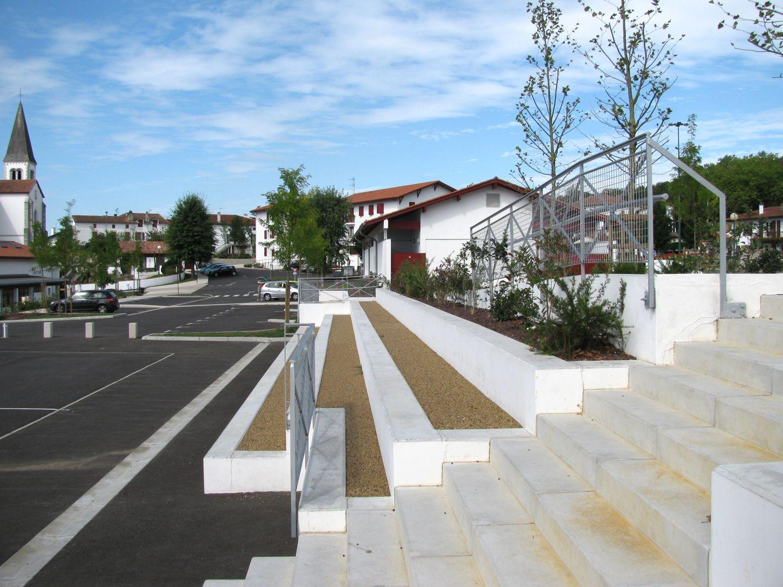 Amenagement des espaces publics_Briscous07_1